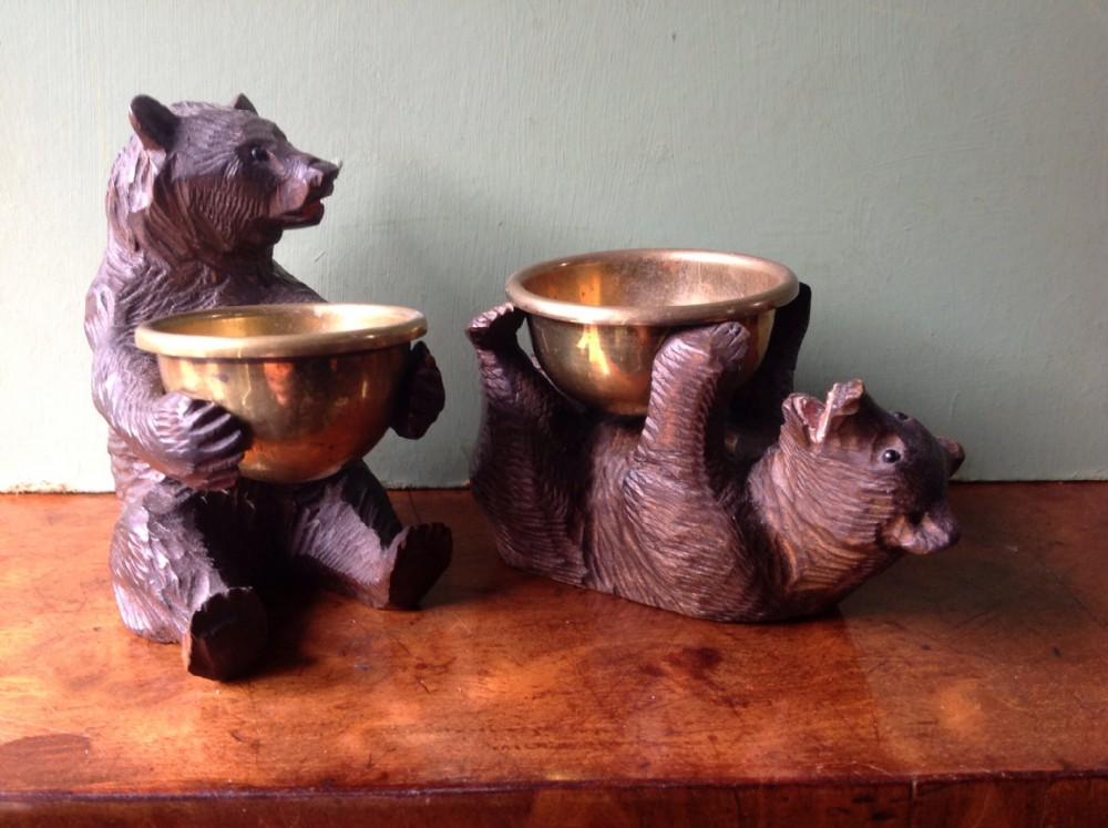 pair of early c20th black forest' carved miniature bears