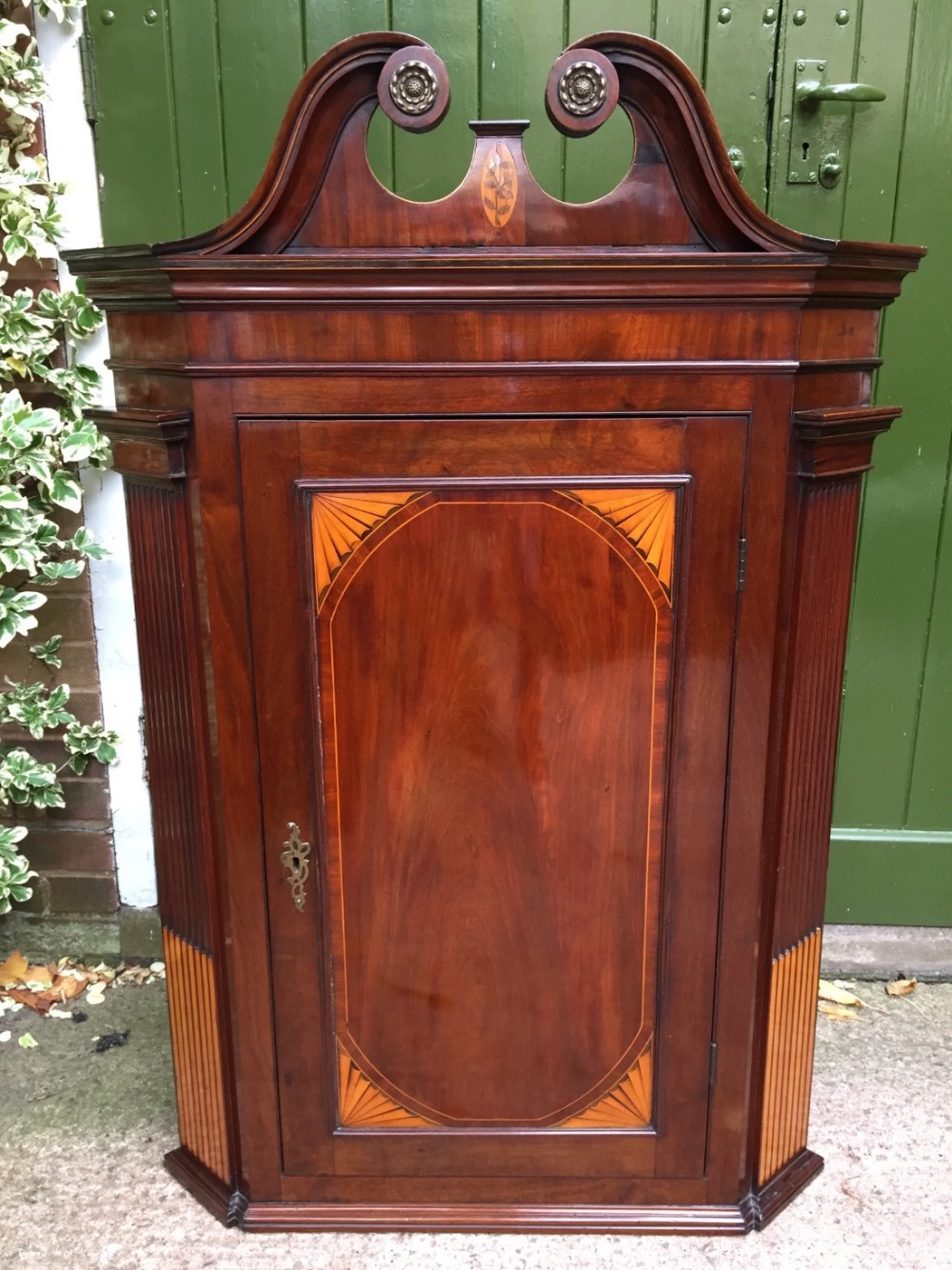 late c18th george iii sheraton period mahogany wallhanging corner cupboard with satinwood inlay