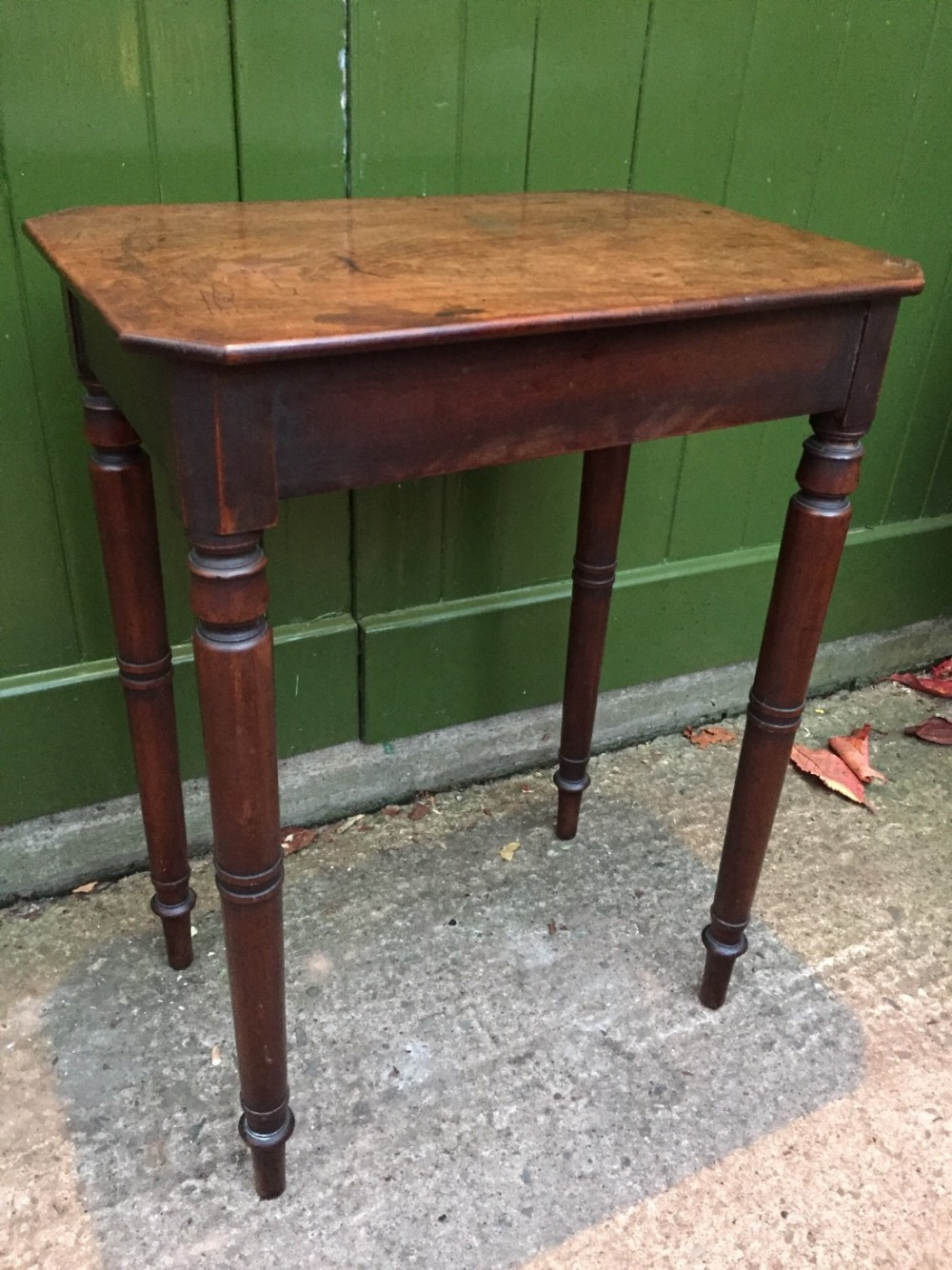 early c19th regency period rectangular mahogany side or lamptable