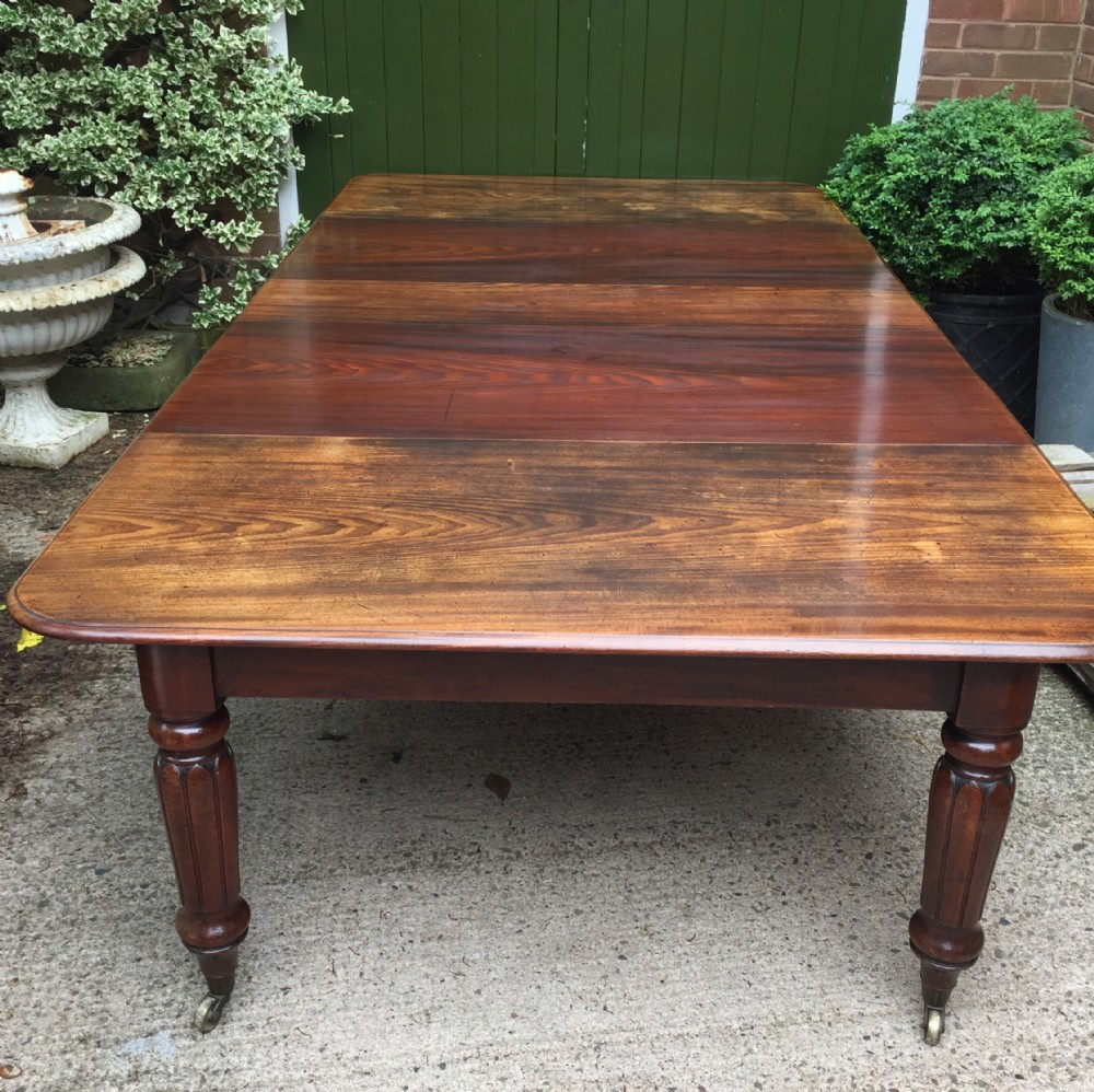 early c19th regency period mahogany extending dining table with 3 original additional leaves