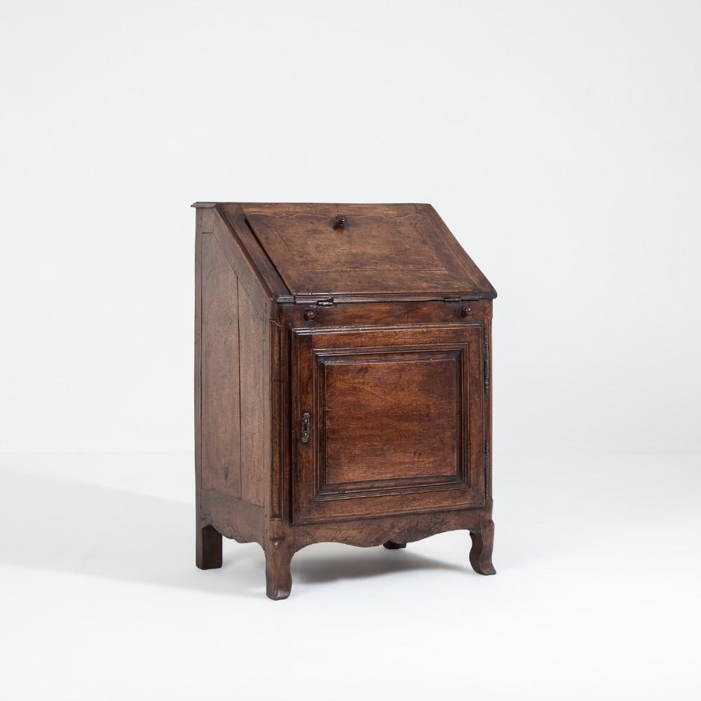 18th century french bureau