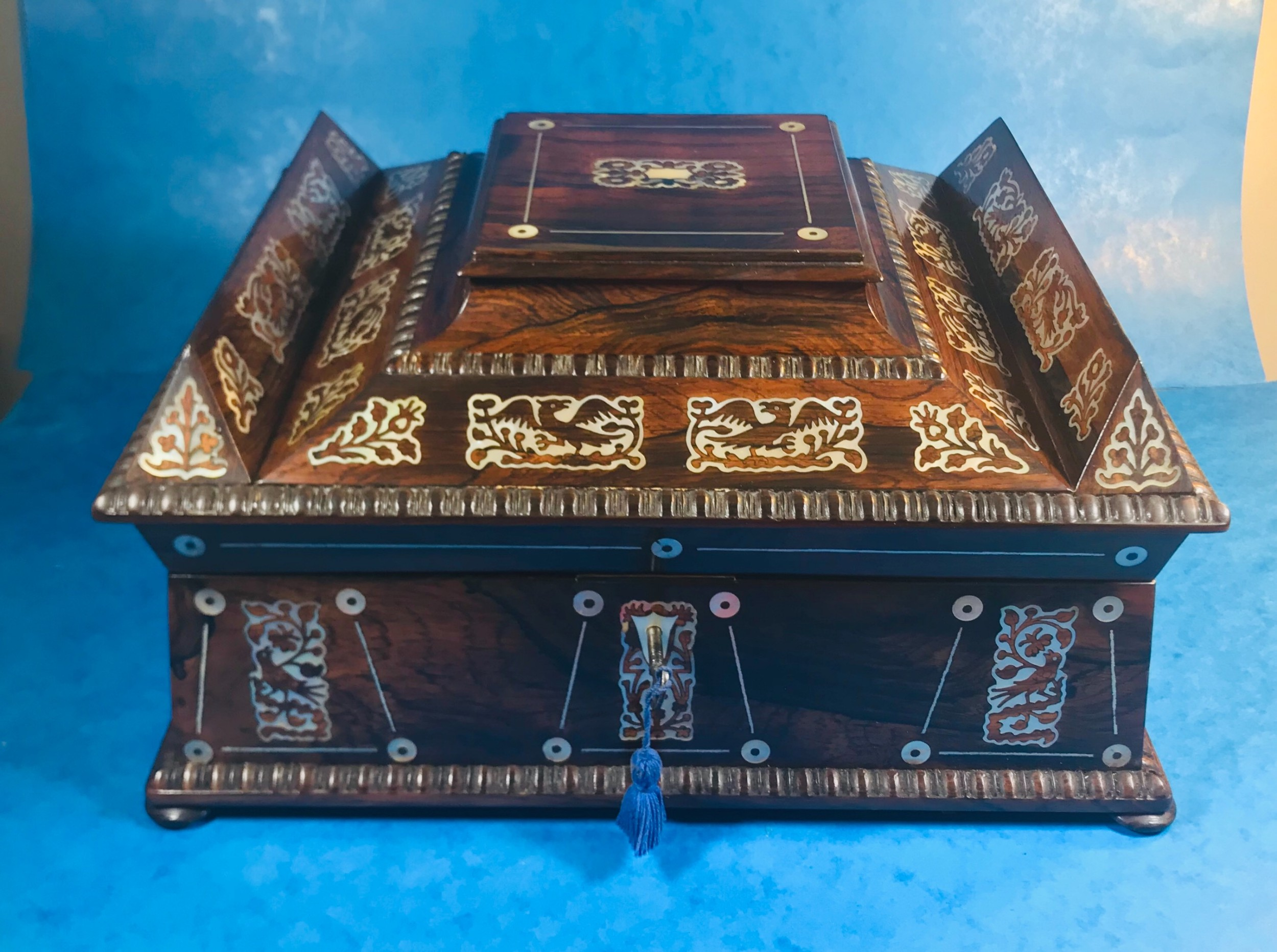 exquisite william iv mother of pearl inlaid rosewood box