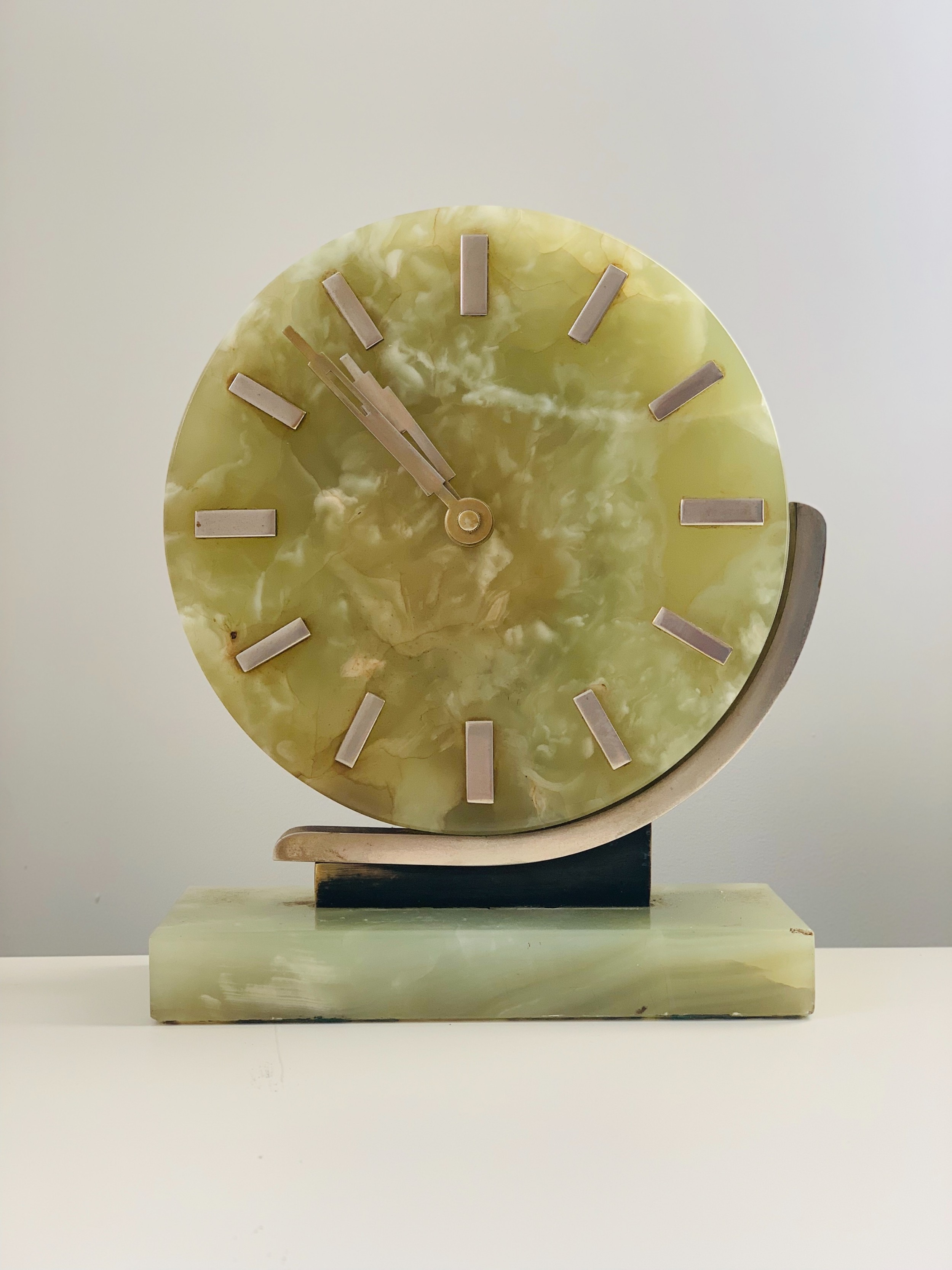 art deco onyx desk clock