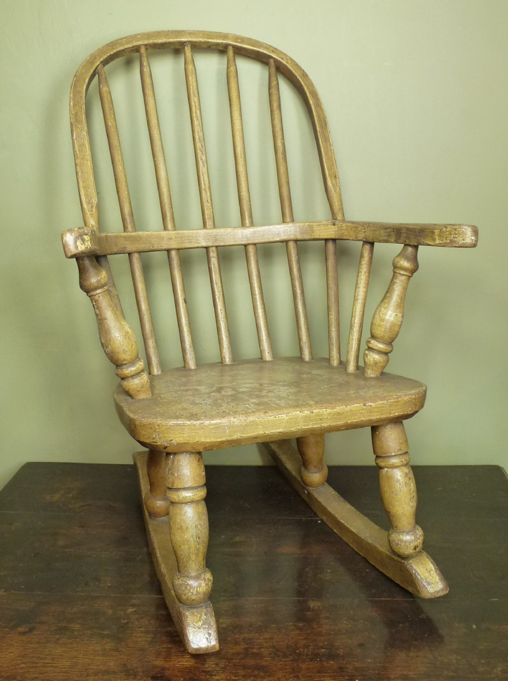 Antique th c childs windsor rocking chair