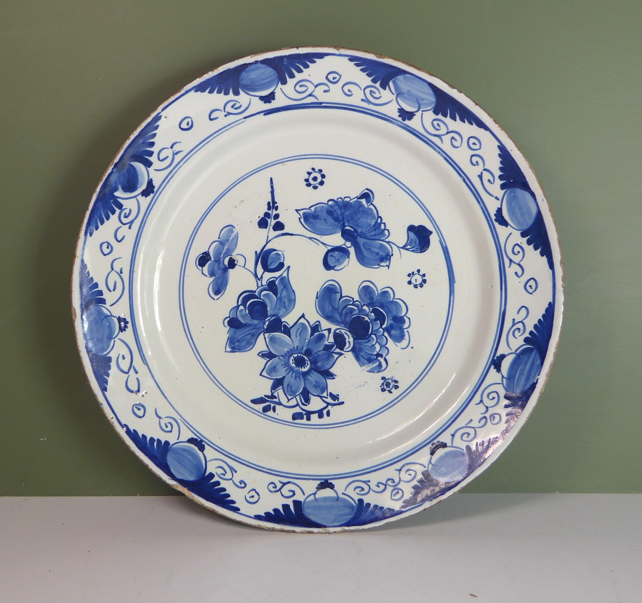 18th c blue white delft charger