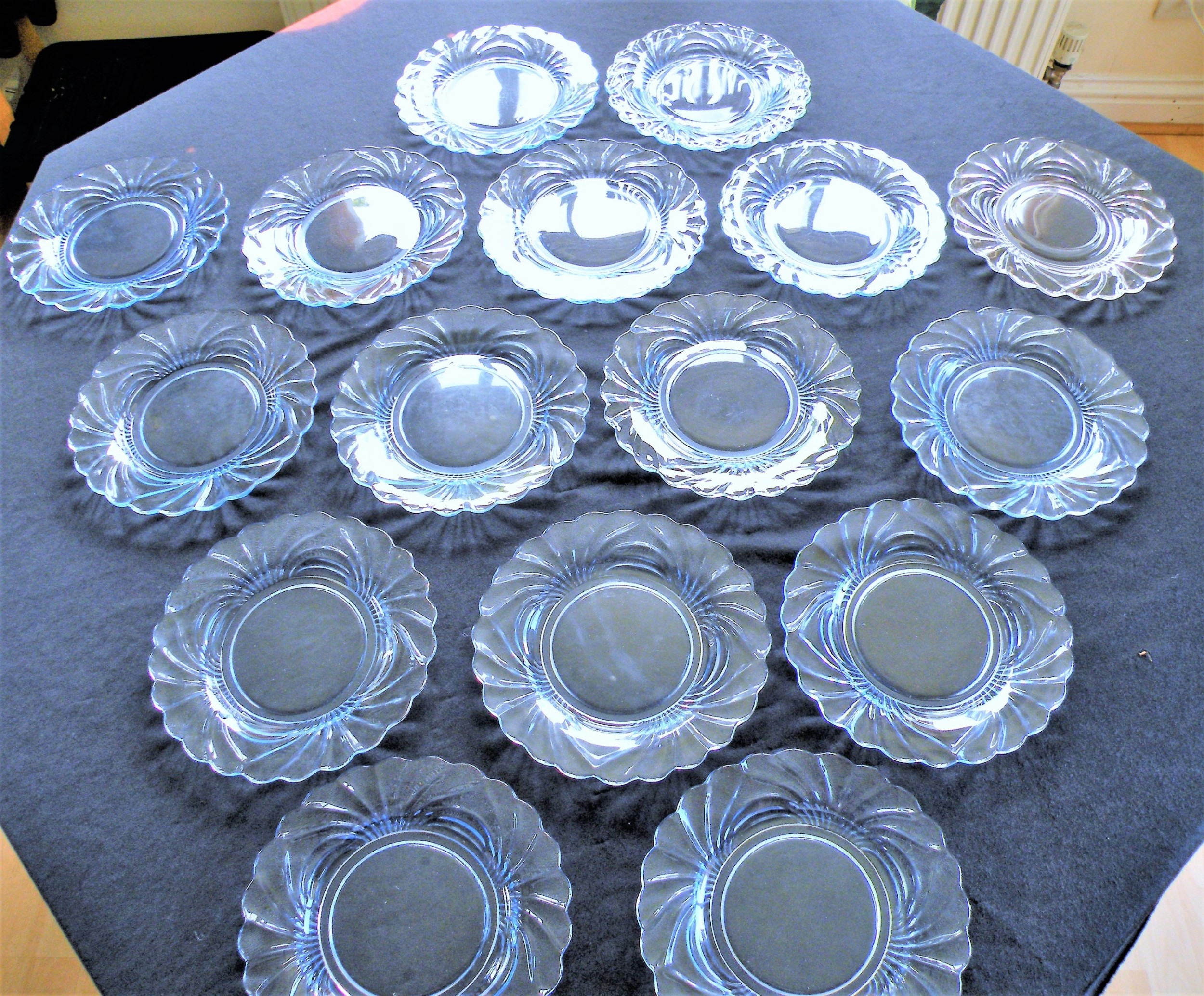 a rare set of 16 art deco glass salad plates from the cambridge ohio glassworks usa