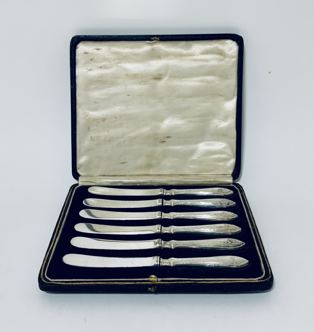 set of 6 antique sterling silver butter knives in original box