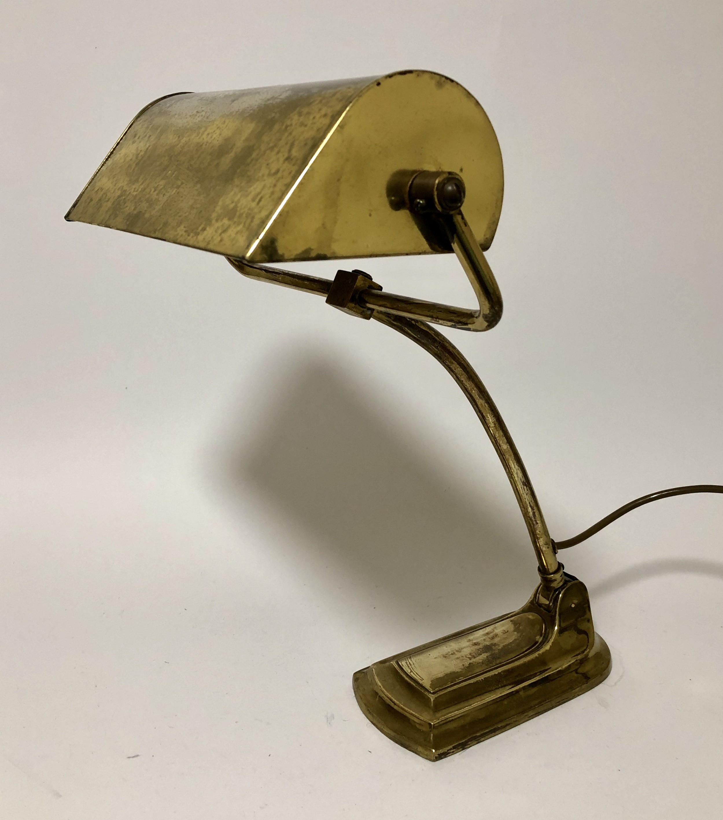 Amazing Antique Vintage Art Deco Adjustable Brass Desk Lamp 595706 Download Free Architecture Designs Viewormadebymaigaardcom