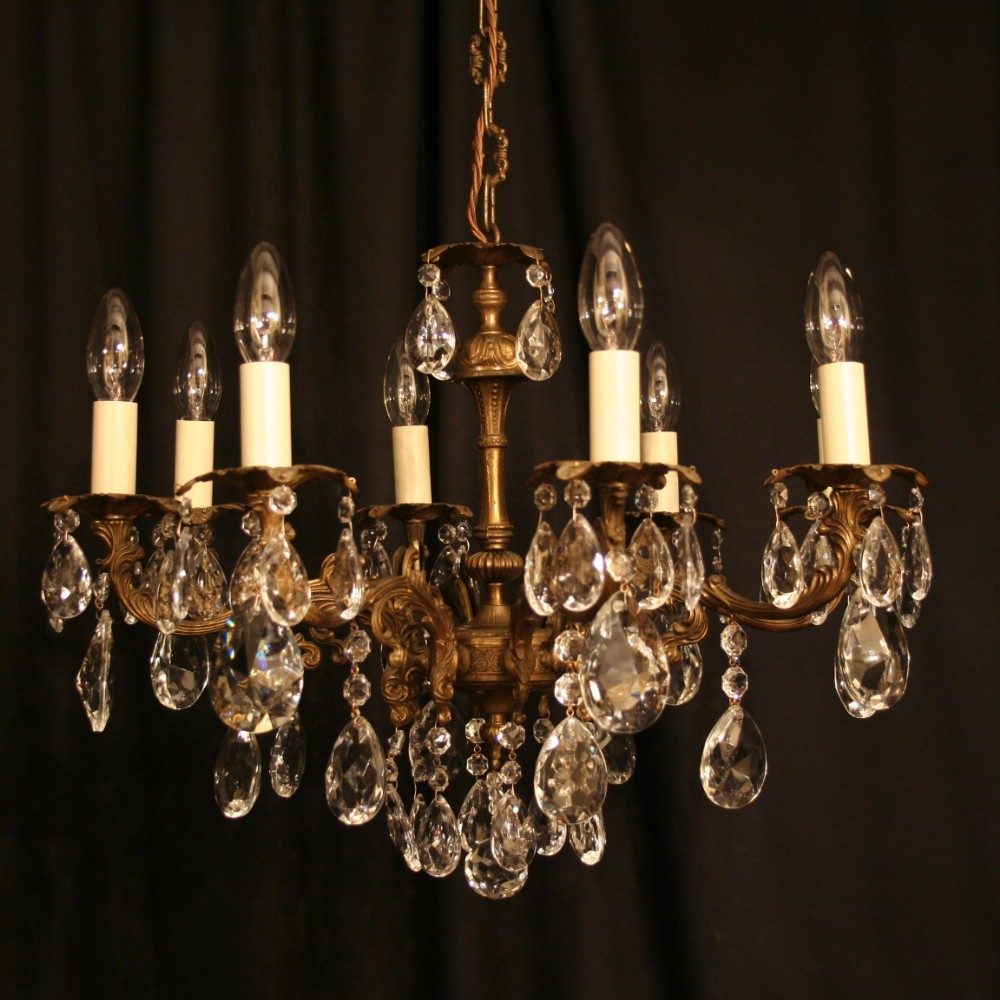 An Italian Gilded Cast Brass 8 Light Antique Chandelier