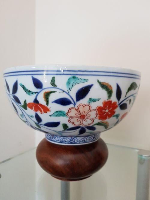 japanese arita imari large bowl dating early 18th century