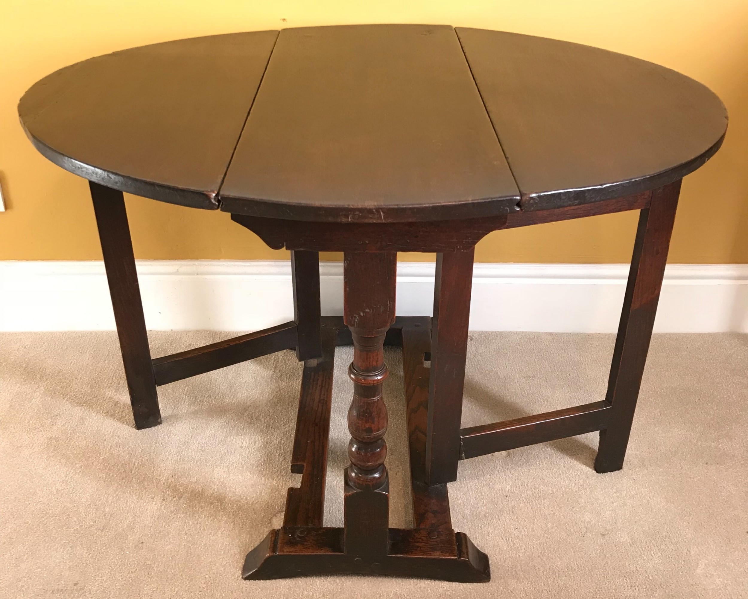 charles i small oak occasional table