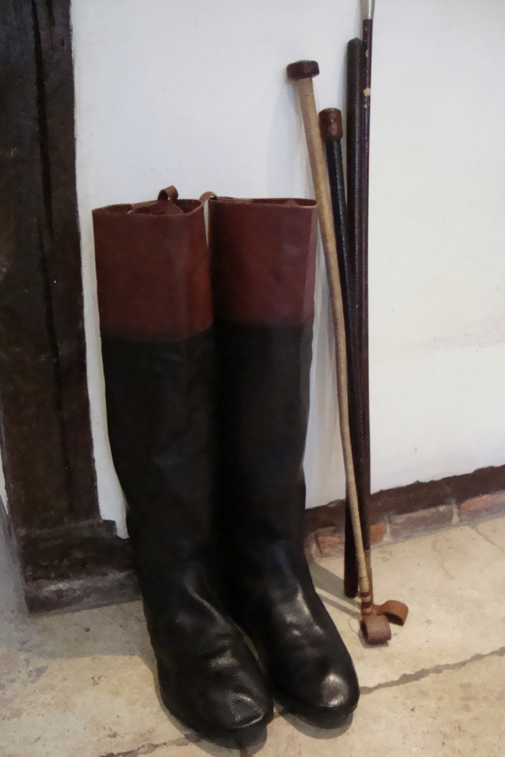 A Pair Of Vintage Riding Boots | 310163 | Sellingantiques.co.uk