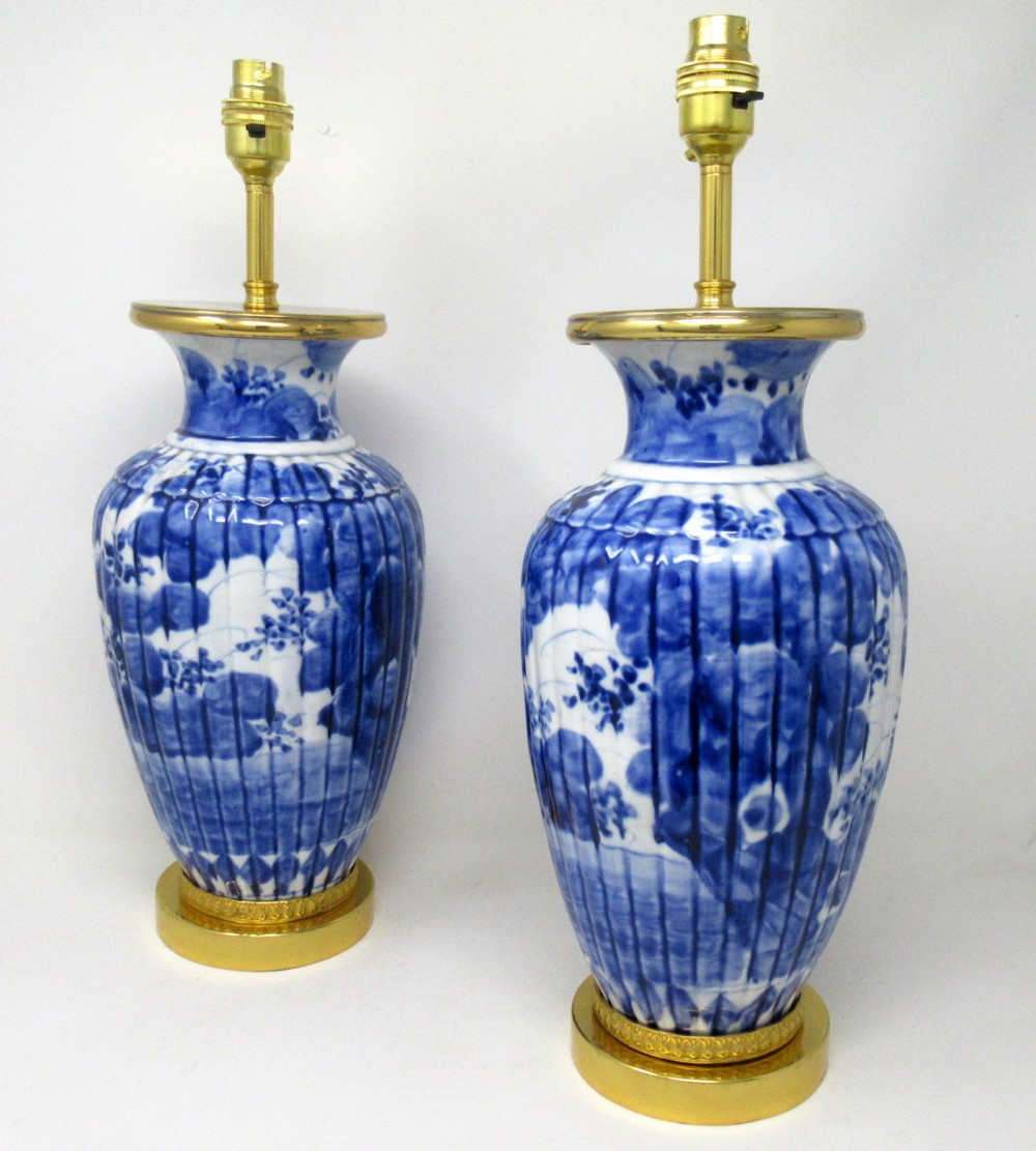 antique pair blue and white porcelain ormolu bronze table lamps chinese european