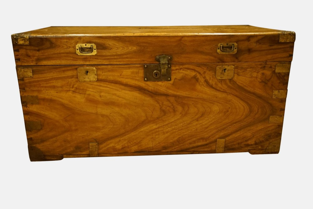 camphorwood campaign chest