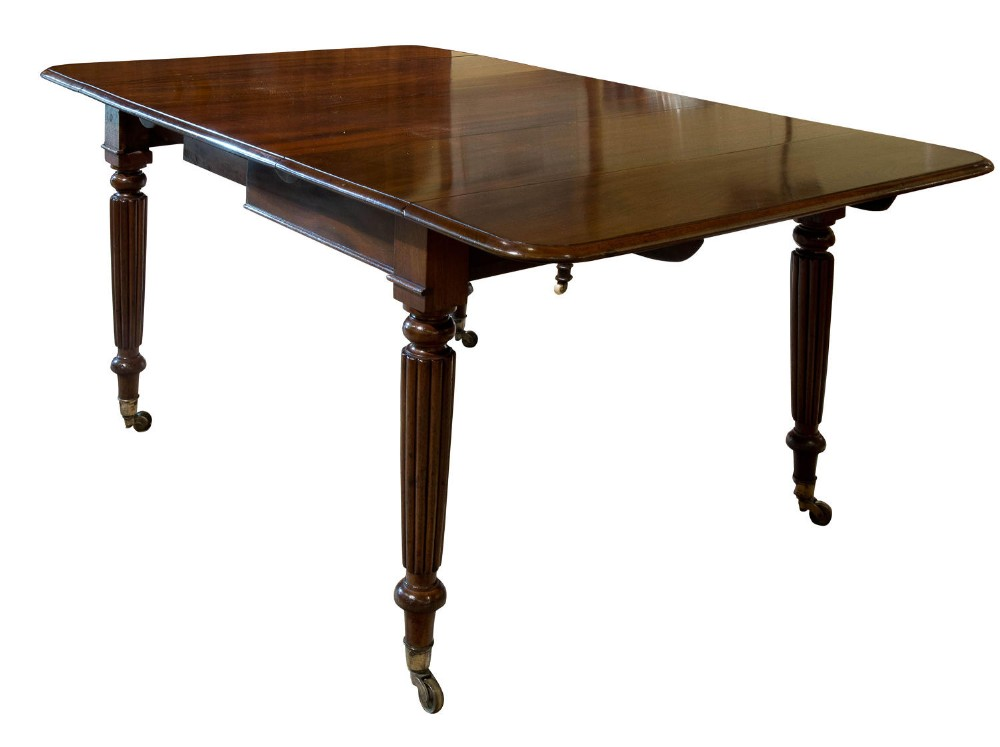 mahogany dropleaf dining table c1830
