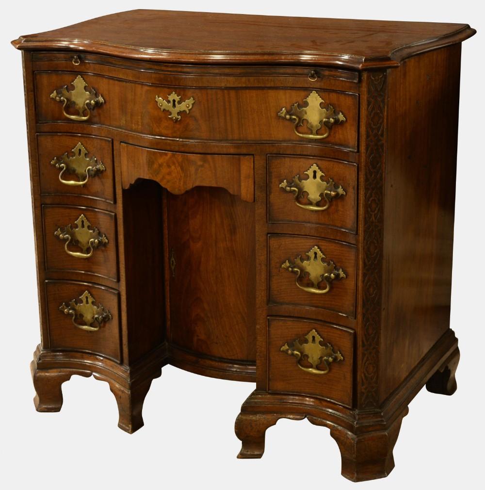 george iii mahogany kneehole desk