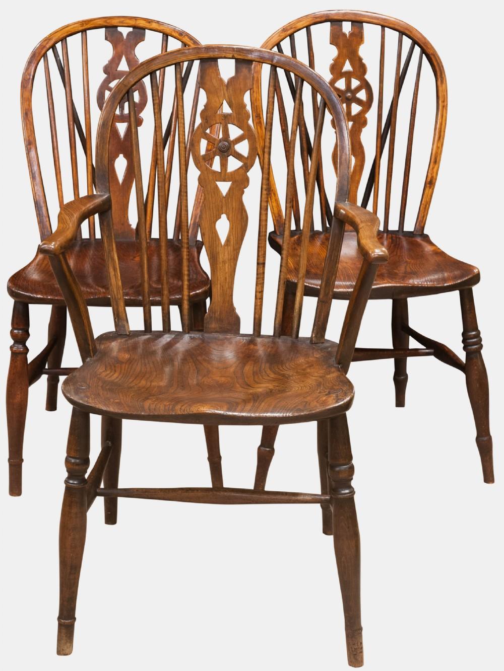 Set Of 8 Windsor Chairs | 255501 | Sellingantiques.co.uk