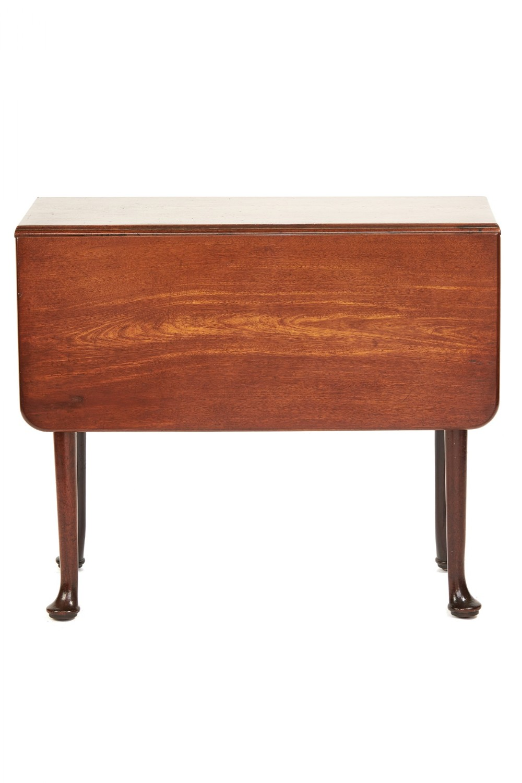 small georgian mahogany pad foot drop leaf table