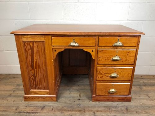 antique victorian pitch pine kneehole desk