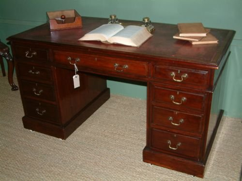 mahogany leather top desk - Mahogany Leather Top Desk 145216 Sellingantiques.co.uk