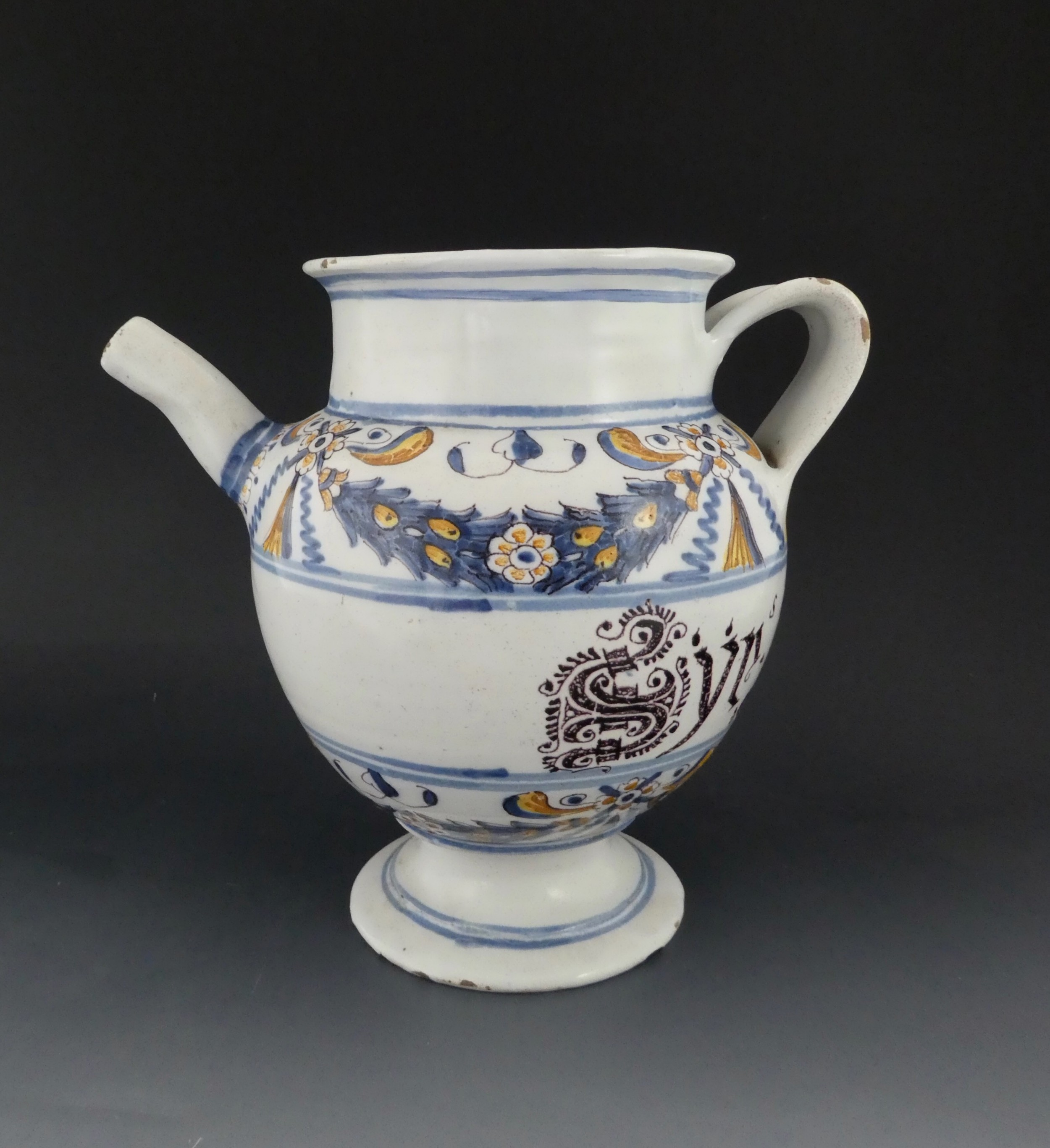 italian maiolica wet drug jar c 1700