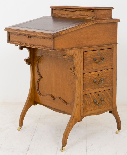 oak arts and crafts style davenport