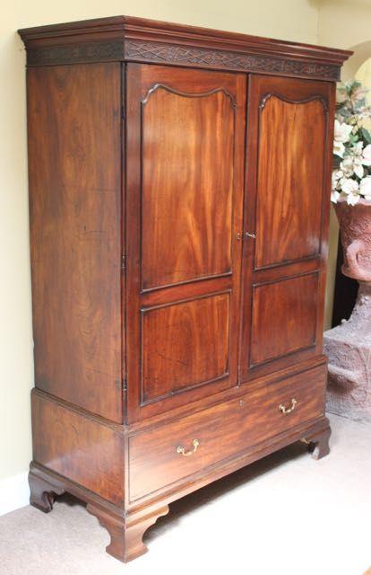 georgian mahogany linen presswardrobe