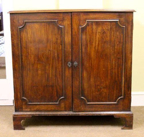 early 19thc mahogany cupboard