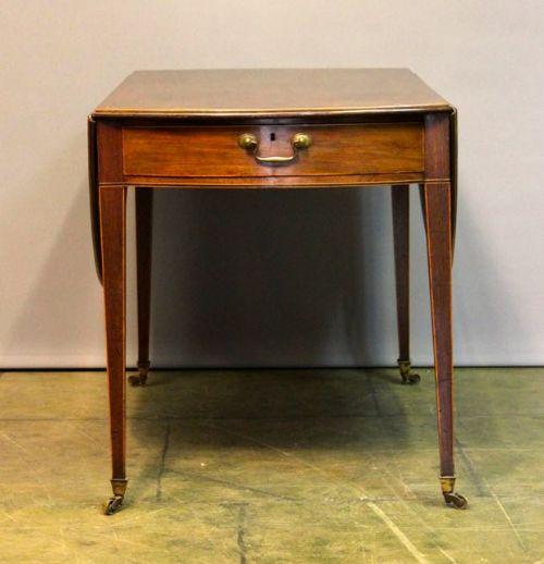 early 19thc mahogany supper tablepembroke table