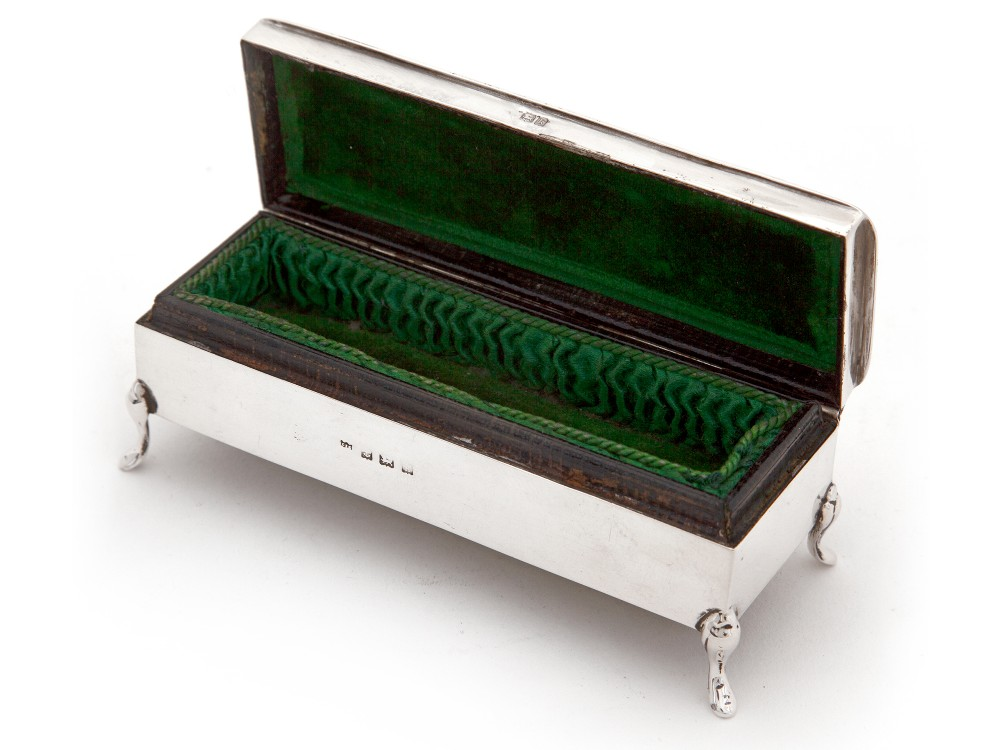 Edwardian Silver Jewellery Box With A Plain Body A Plain Hinged Lid And Reed And Leaf Border 664485 Sellingantiques Co Uk