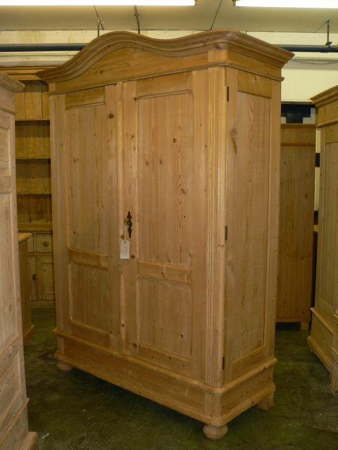 large antique pine wardrobe - Large Antique Pine Wardrobe 251902 Sellingantiques.co.uk