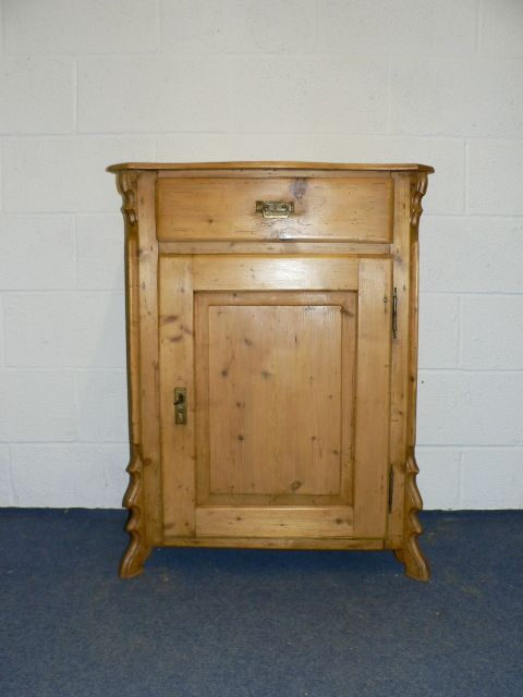 Small Antique Pine Cupboard - Small Antique Pine Cupboard Antique Furniture