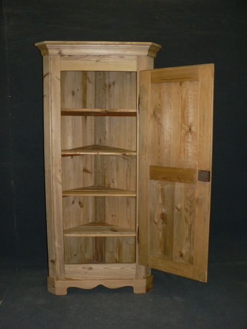 page load time 0.21 seconds - Tall Slim Antique Pine Corner Cupboard. 269425 Sellingantiques.co.uk