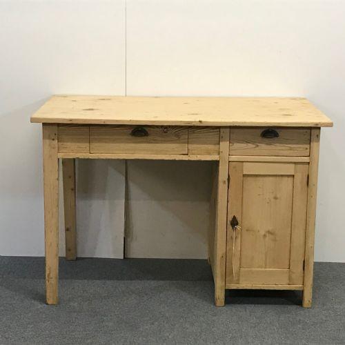 ANTIQUE PINE TABLE DESK. £487. Dated 1920 - Antique Pine Desks - The UK's Largest Antiques Website