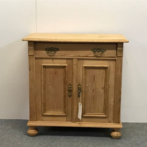 Pinefinders · ANTIQUE CONTINENTAL PINE ... - Antique Pine Furniture - The UK's Largest Antiques Website