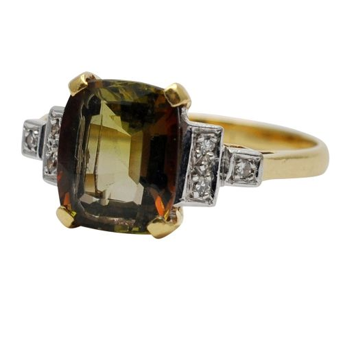 olive green tourmaline and diamond 18ct gold ring