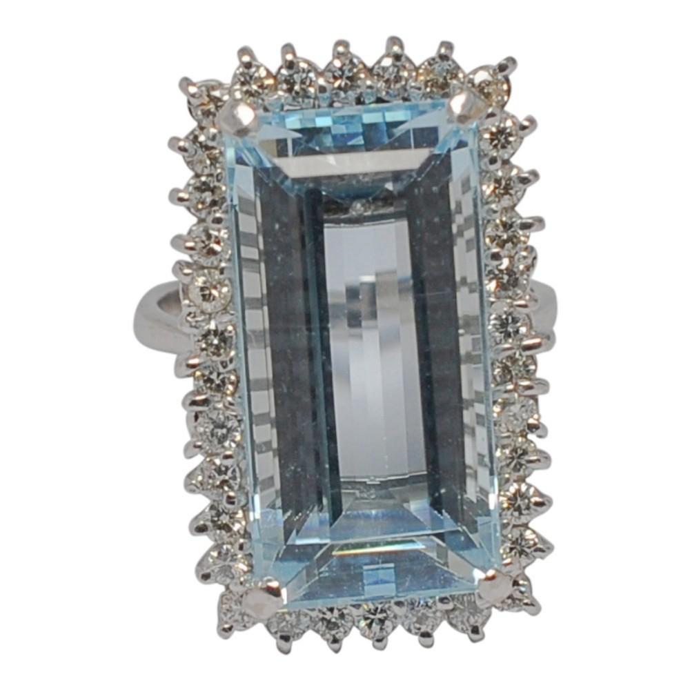 mid century aquamarine diamond 18ct gold ring