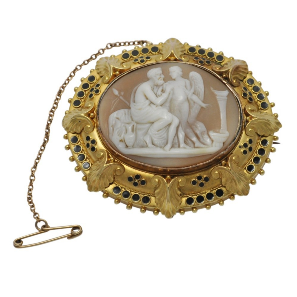 victorian cameo 15ct gold brooch