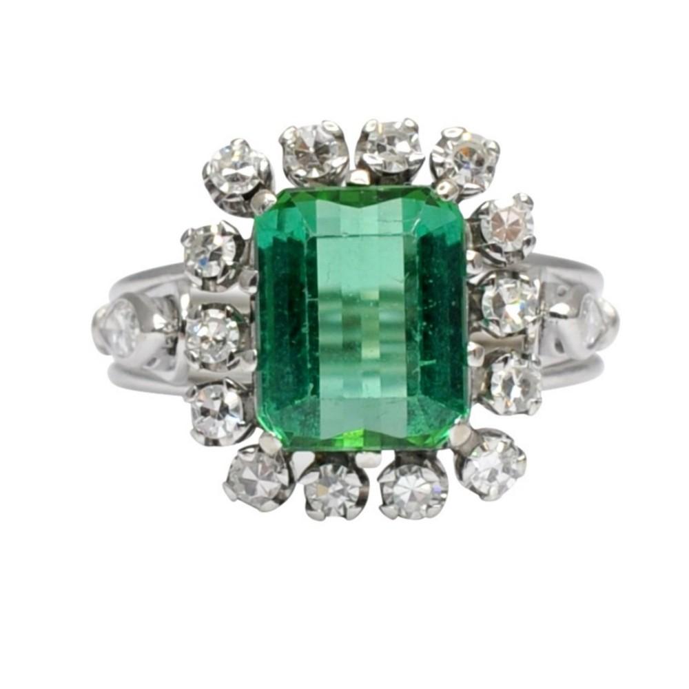 vintage green tourmaline diamond 18ct gold ring