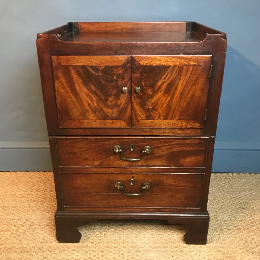 a george 111 mahogany tray top bedside table circa 1780
