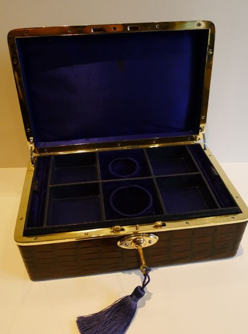 antique english crocodile brass jewelry box c1890 - photo angle #3