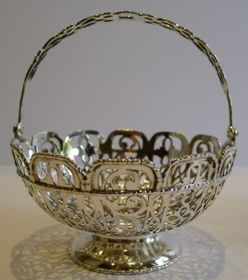 stunning pair antique sterling silver baskets chester 1907 - photo angle #2