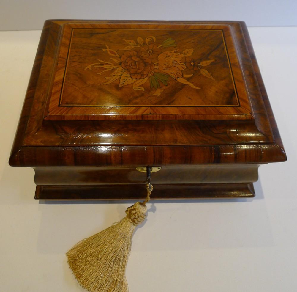 wonderful antique english regency walnut tulipwood tea caddy floral inlay
