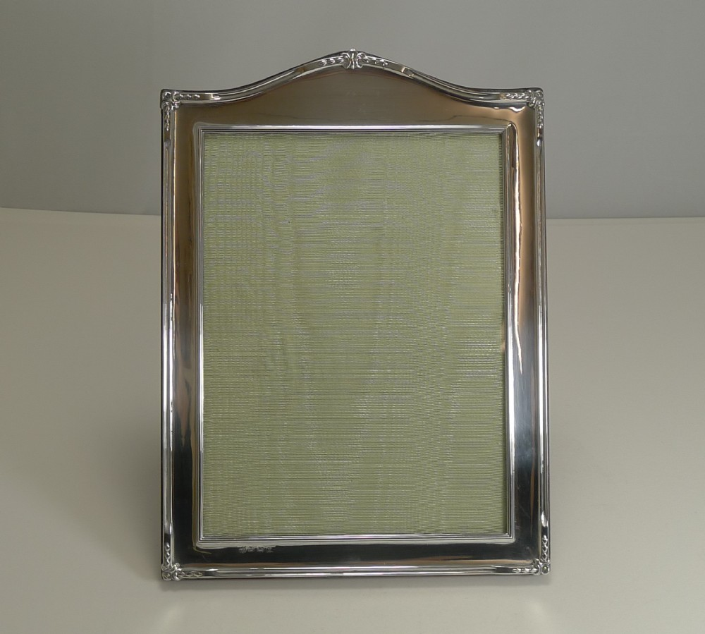 large english sterling silver picture photograph frame 1922