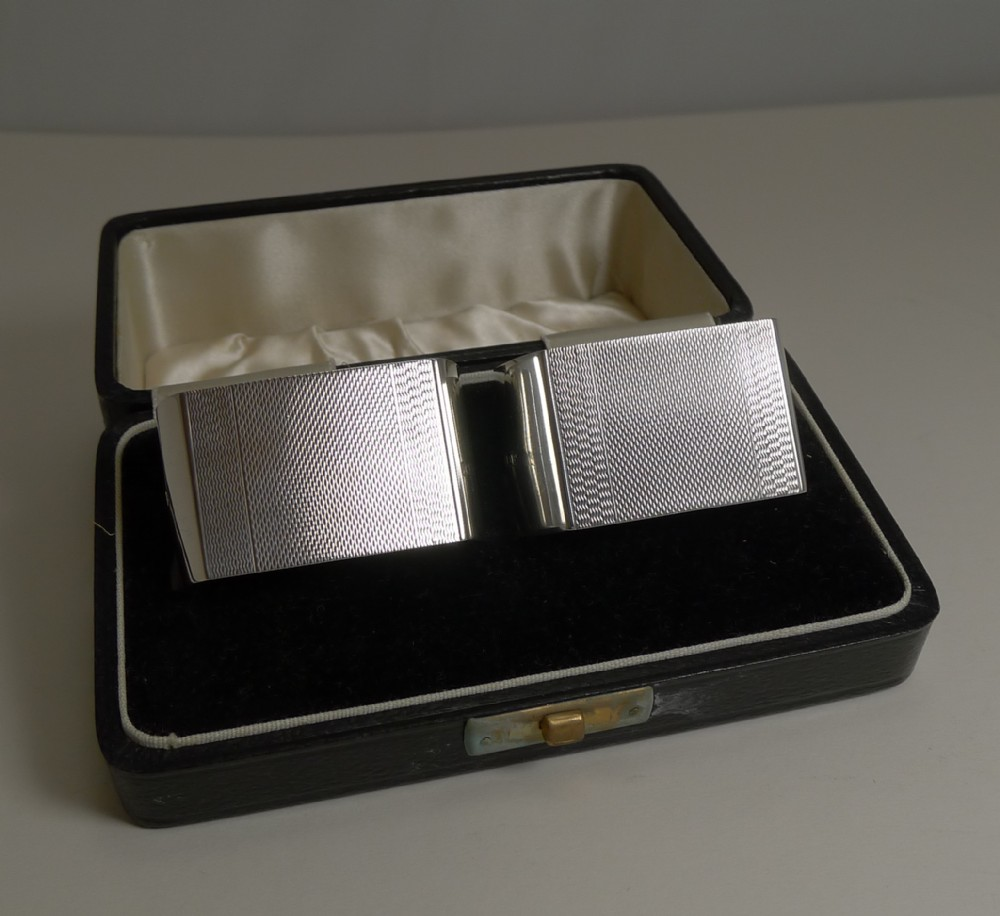 pair english art deco sterling silver napkin rings boxed 1939