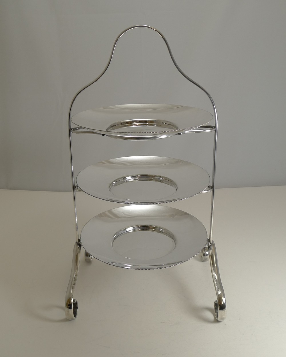 english art deco period silver plated cake stand by elkington 1929