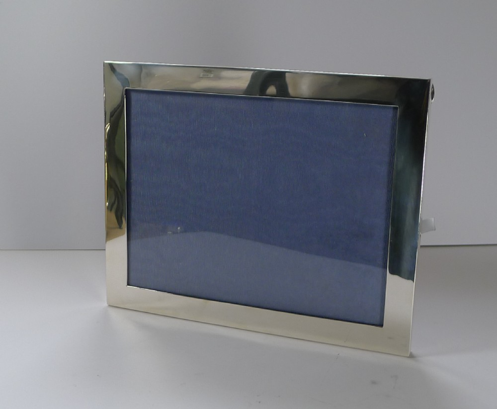 large english sterling silver picture frame by mappin webb