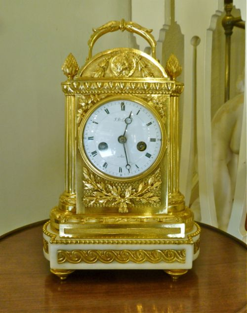 A Fine Small Mid 19th Century French Clock 355558