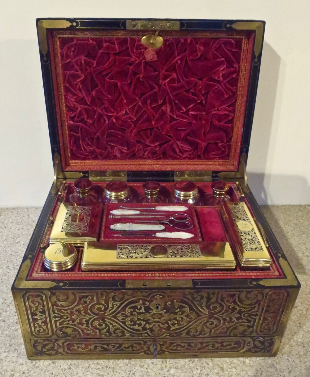 impressive boulle lady's dressing jewellery case