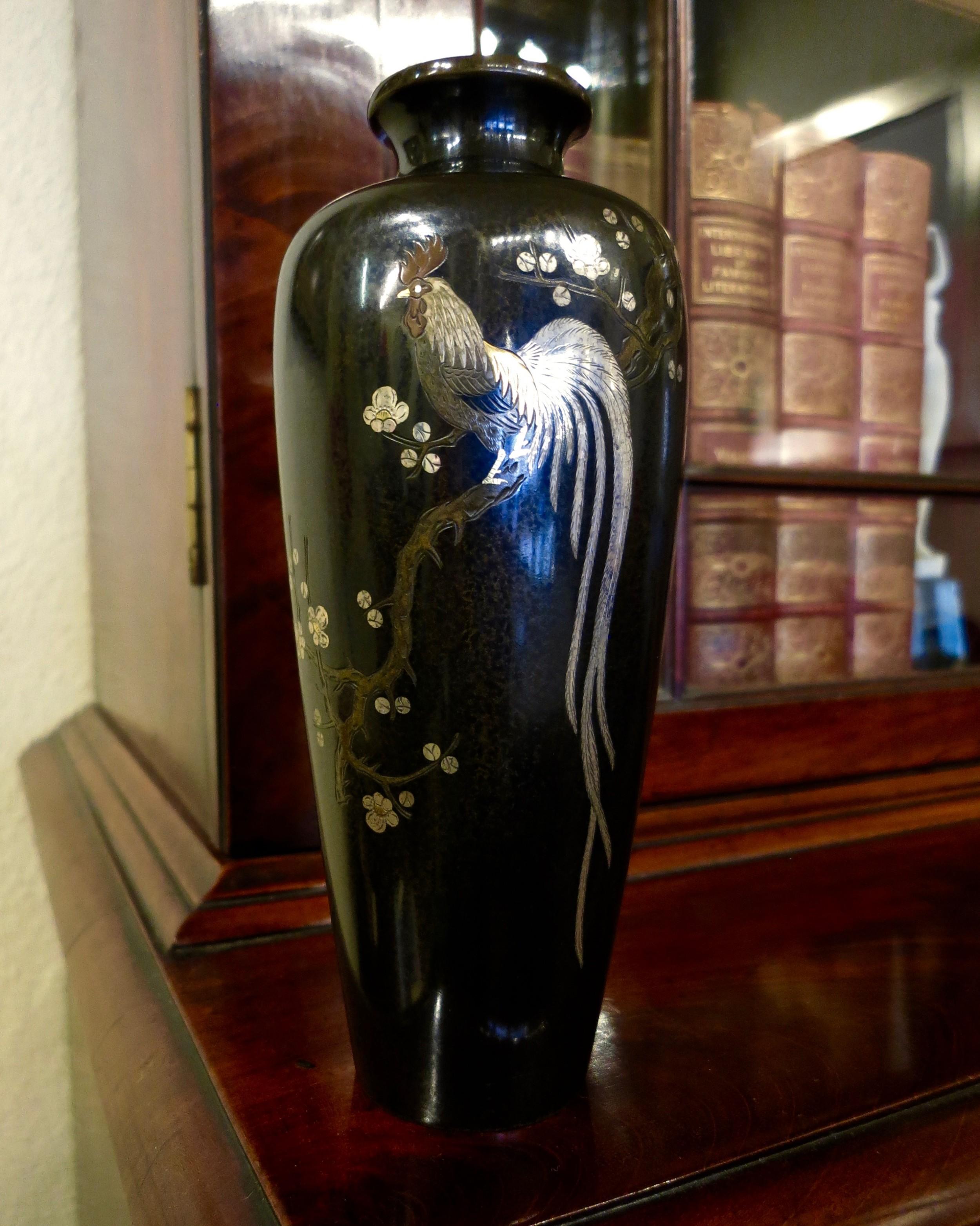 japanese meiji period bronze vase